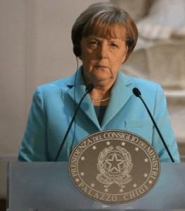 जर्मनी की चांसलर एंजेला मर्केल ग्रीस को और राहत देने के पक्ष में नहीं हैं