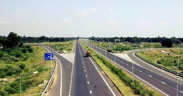 नरेंद्र मोदी के राज में सड़क पटरी पर लौटने लगी है