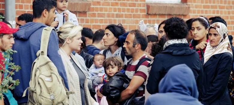 मुस्लिमों को शरण देना ईसाई बहुल यूरोप का ही फर्ज क्यों?