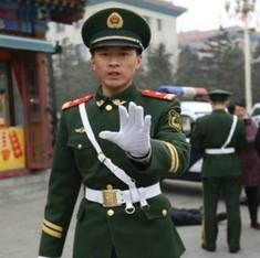 चीन में एक निर्दोष युवक को फांसी की सजा दिलवाने वाले 27 अधिकारियों पर कार्रवाई