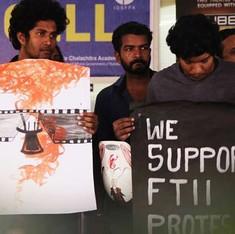 एफटीआईआई में हड़ताल खत्म; 12फिल्मकारों ने राष्ट्रीय पुरस्कार लौटाए