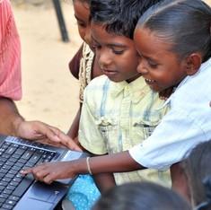 टेक-चैट: एक भारतीय सिस्टम जो सुदूर इंटरनेट पहुंचाने में गूगल, माइक्रोसॉफ्ट को छका सकता है
