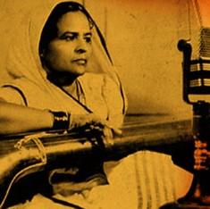 रसूलनबाई या गंगूबाई हंगल जैसी गायिकाओं को भी कई बार घोर उपेक्षा झेलनी पड़ती थी