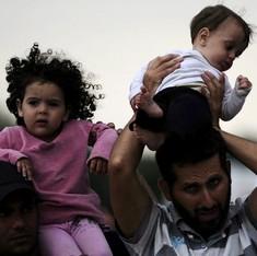 यूरोपीय संघ शरणार्थियों की मदद के लिए तुर्की को तीन अरब डॉलर देगा