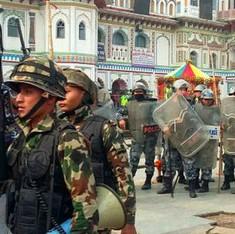 नेपाल में मधेसियों का राष्ट्रपति के काफिले पर हमला, झड़प में 35 घायल